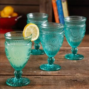 The pioneer woman Adeline turquoise water glasses